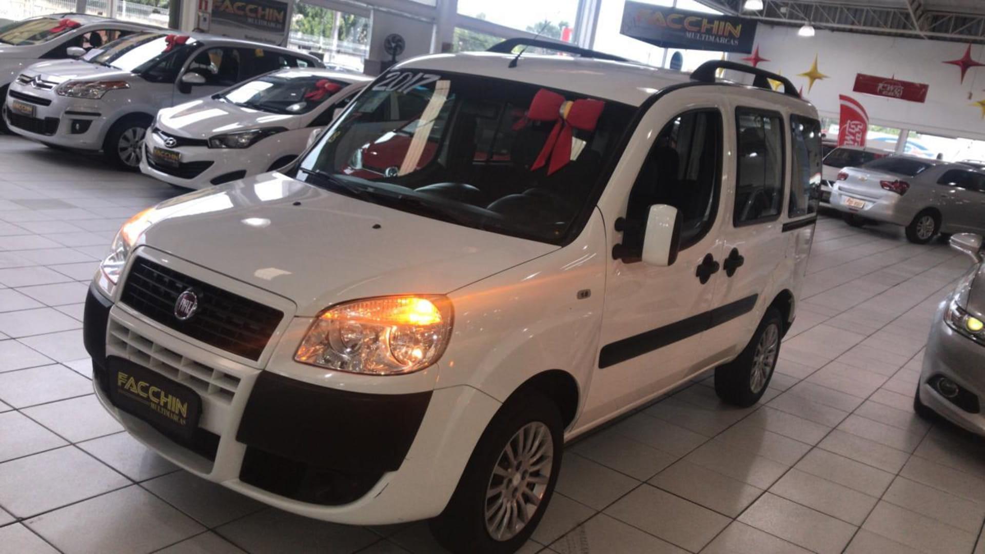 FIAT DOBLO ESSENCE 1.8 FLEX 16V  7L