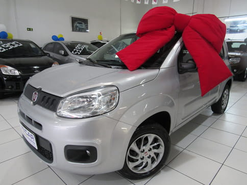 FIAT UNO ATTRACTIVE CELEBRATION 1.0 FIREFLY FLEX 4P