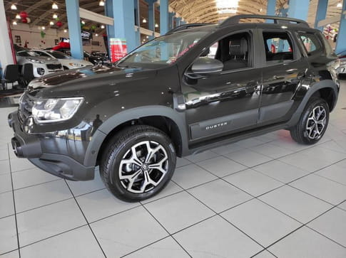 RENAULT DUSTER ICONIC CVT