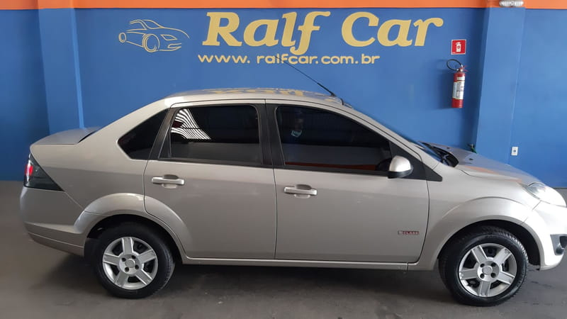 FORD FIESTA 1.6 SE SEDAN 8V FLEX 4P MANUAL