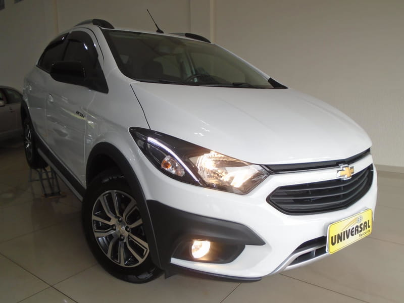 CHEVROLET ONIX 1.4 AT ACT