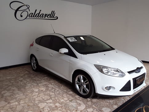 FORD FOCUS 2.0 SE PLUS 16V FLEX 4P POWERSHIFT