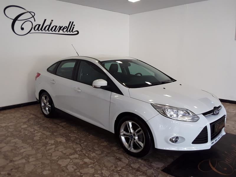 FORD FOCUS SE AT 2.0SB
