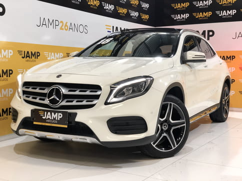 MERCEDES-BENZ GLA250