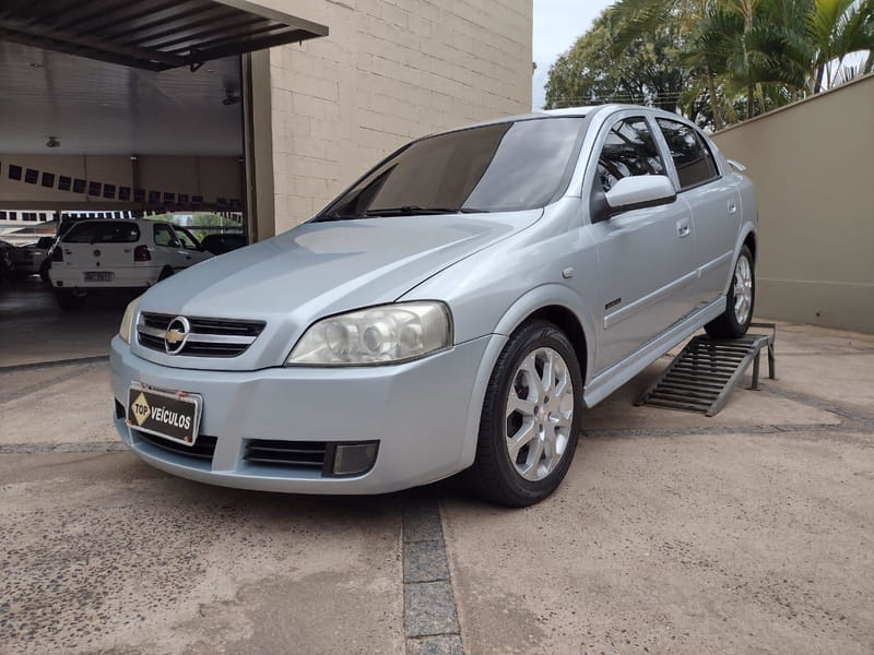 CHEVROLET ASTRA HATCH ADVANTAGE 2.0 4P