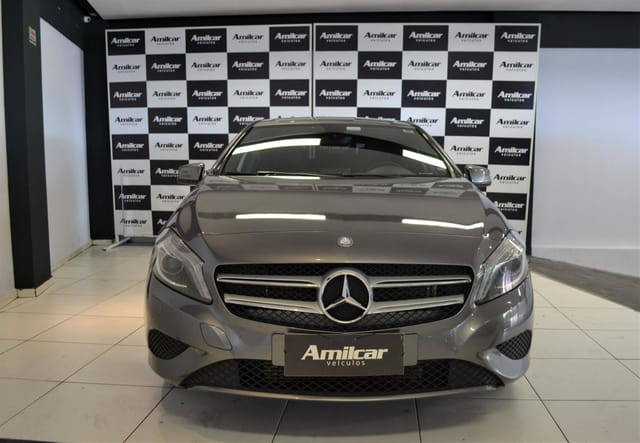 MERCEDES-BENZ CLASSE A A-200 URBAN 1.6 TURBO AUT.