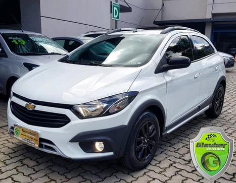 CHEVROLET ONIX 1.4 MT ACTIVE