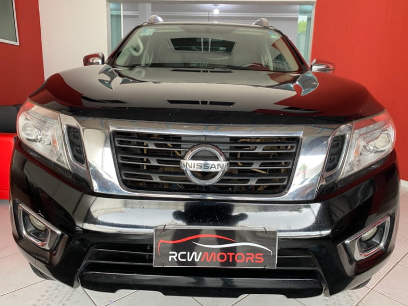 NISSAN FRONTIER LEATX4