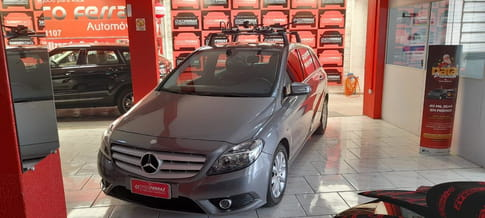 MERCEDES-BENZ B-200 2.0 TURBO 4P