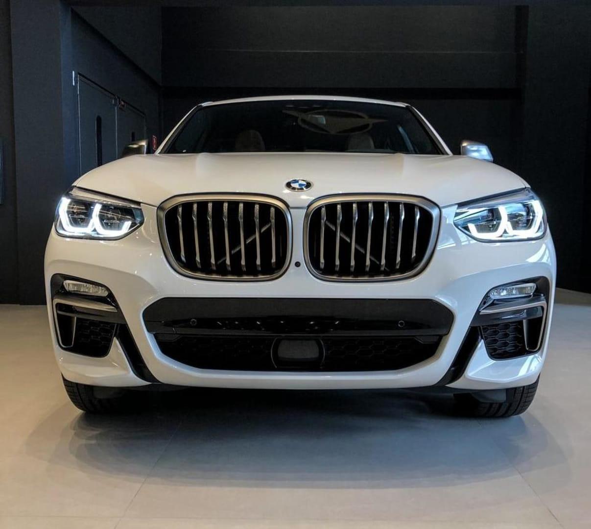 BMW X4 M40i 3.0 TURBO V6 360V AUT