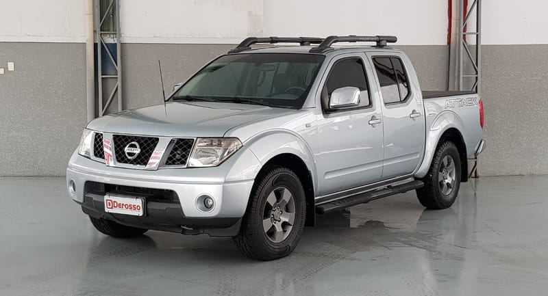 NISSAN FRONTIER LE CD 4X4-AT 2.5 TB-IC 4P