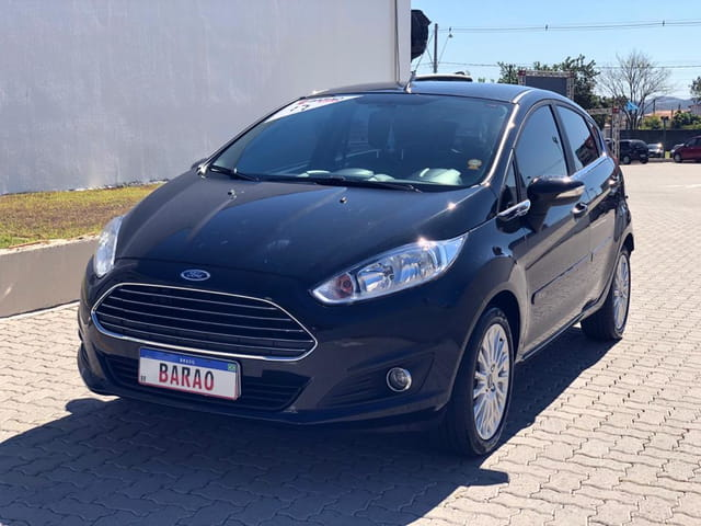 FORD NEW FIESTA 1.6 TITANIUM HATCH 16V FLEX 4P MANUAL