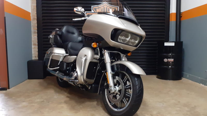 TOURING ROAD GLIDE ULTRA FLTRU