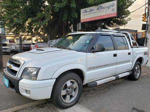 CHEVROLET S-10 EXECUTIVE (C.Dup) 4X4 2.8 TB-Eletr.