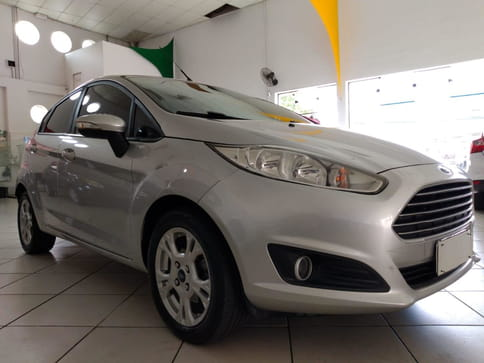 FORD FIESTA 1.6 SE HATCH 16V FLEX 4P AUT