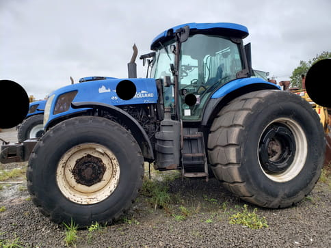 NEW HOLLAND TRATOR TT75