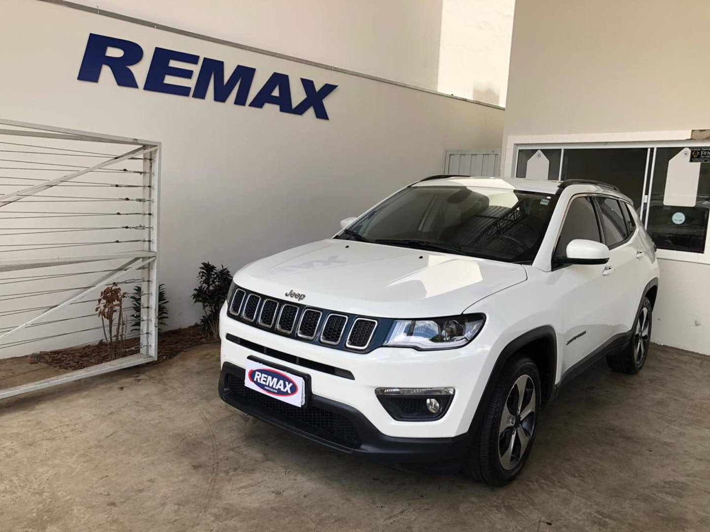 JEEP COMPASS LONGITUDE 2.0  FLEX 16V AUT