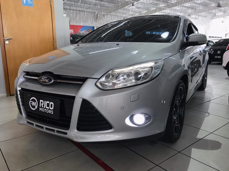 FORD FOCUS TI AT 2.0 S