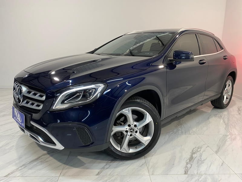 MERCEDES-BENZ GLA 200 1.6 CGI ADVANCE 16V TURBO 4P