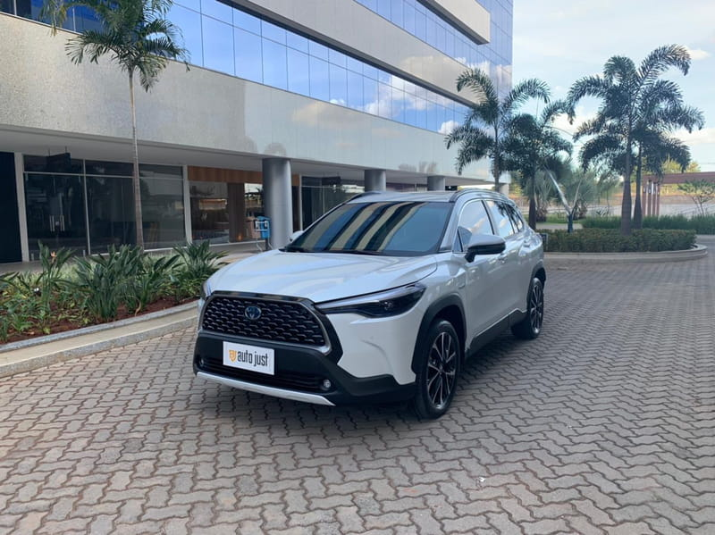 TOYOTA Corolla Cross XRV 1.8 16V Aut.(Híbrido)