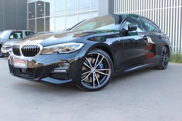 BMW 330i M SPORT 2
